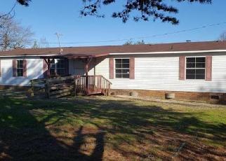 Pre Foreclosure in Yadkinville 27055 NEELIE RD - Property ID: 1729796416