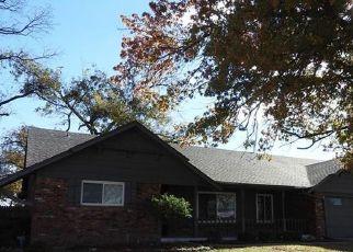 Pre Foreclosure in Tulsa 74145 E 39TH ST - Property ID: 1730183589
