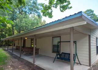 Pre Foreclosure in Splendora 77372 SPLENWOOD DR - Property ID: 1730187531