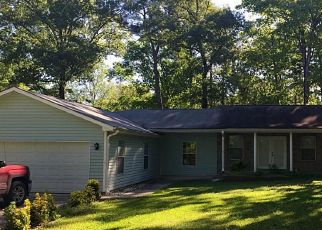 Pre Foreclosure in Trinity 75862 RUSTLING WIND - Property ID: 1730230895