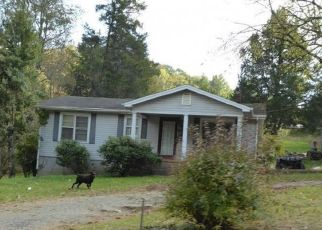 Pre Foreclosure in Sneedville 37869 CLINCH VALLEY RD - Property ID: 1730252795