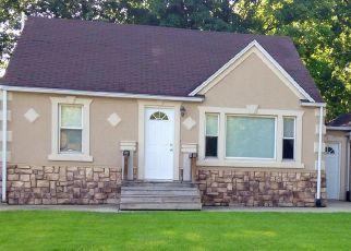 Pre Foreclosure in Creve Coeur 61610 ALLYN ST - Property ID: 1730773538