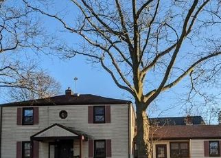 Pre Foreclosure in Emmaus 18049 CAMP ST - Property ID: 1730809450