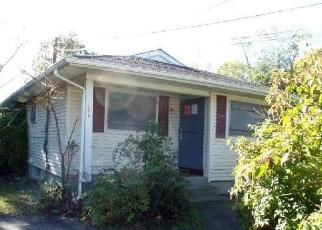 Pre Foreclosure in Mastic 11950 ELEANOR AVE - Property ID: 1730979834