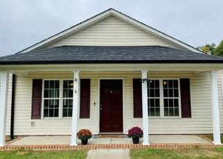Pre Foreclosure in Kannapolis 28081 S WALNUT ST - Property ID: 1731193106