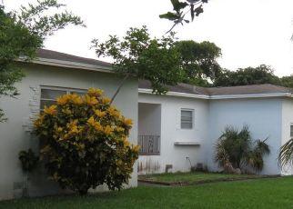 Pre Foreclosure in Miami 33161 NE 150TH ST - Property ID: 1731536939