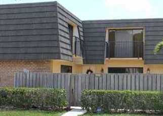 Pre Foreclosure in West Palm Beach 33407 6TH WAY - Property ID: 1731560126