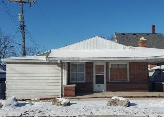 Pre Foreclosure in Michigan City 46360 POPLAR ST - Property ID: 1731963514