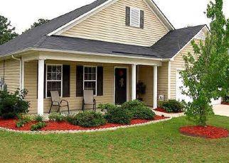 Pre Foreclosure in Lexington 29072 STAR HILL LN - Property ID: 1731973140