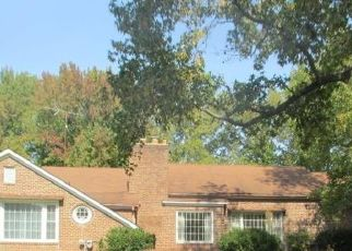 Pre Foreclosure in Harrisburg 62946 HIGHWAY 13 W - Property ID: 1731993292