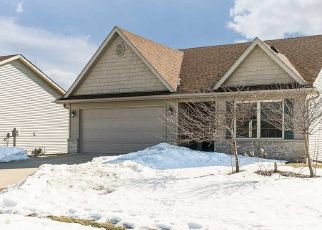 Pre Foreclosure in Iowa City 52240 SHERMAN DR - Property ID: 1732154920