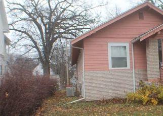 Pre Foreclosure in Cedar Rapids 52402 D AVE NE - Property ID: 1732160604