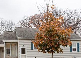 Pre Foreclosure in Cedar Rapids 52403 23RD ST SE - Property ID: 1732178564