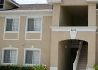 Pre Foreclosure in Riverview 33578 HOLLYDALE PL - Property ID: 1732522813
