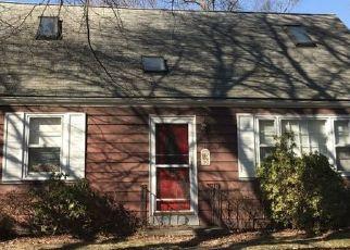 Pre Foreclosure in Milford 06460 MERRITT AVE - Property ID: 1732839910