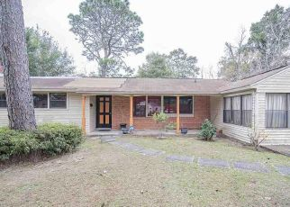 Pre Foreclosure in Pensacola 32503 E HAYES ST - Property ID: 1733601536