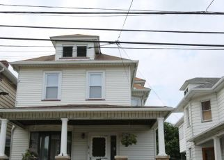 Pre Foreclosure in Wilkes Barre 18705 W CAREY ST - Property ID: 1733680819
