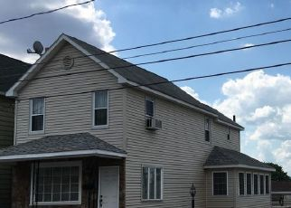 Pre Foreclosure in Wilkes Barre 18702 CUMMISKEY ST - Property ID: 1733681693