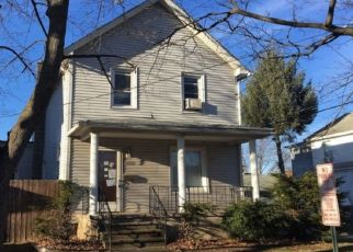 Pre Foreclosure in Pittston 18643 PARKE ST - Property ID: 1733682562