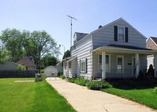 Pre Foreclosure in Toledo 43611 TERRACE DR - Property ID: 1733690892