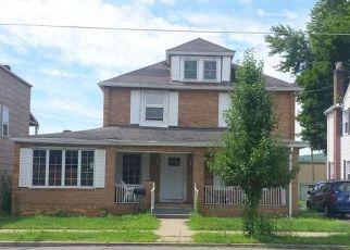 Pre Foreclosure in Jermyn 18433 POPLAR ST - Property ID: 1734070609
