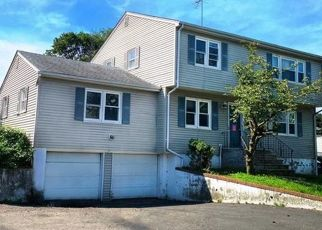Pre Foreclosure in Bergenfield 07621 HALLBERG AVE - Property ID: 1734827426