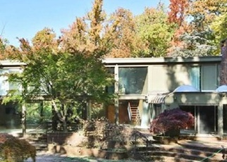 Pre Foreclosure in Tenafly 07670 FARVIEW RD - Property ID: 1734836179