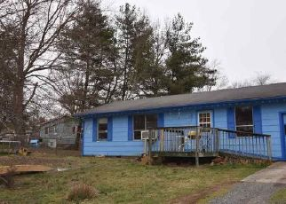 Pre Foreclosure in Morristown 37814 NORMAN ST - Property ID: 1734980276