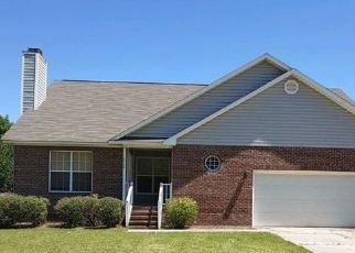 Pre Foreclosure in Hope Mills 28348 JOHN MCMILLAN RD - Property ID: 1735221156