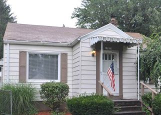 Pre Foreclosure in South Bend 46635 HEPLER ST - Property ID: 1735663519