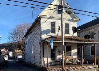 Pre Foreclosure in Sunbury 17801 S 10TH ST - Property ID: 1735700752