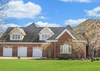 Pre Foreclosure in Charleston 61920 PEAR TREE CT - Property ID: 1735738405