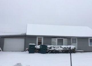 Pre Foreclosure in Muncie 47303 S DELAWANDA AVE - Property ID: 1735829510