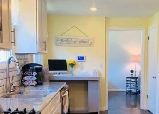 Pre Foreclosure in Syracuse 13205 LONGMEADOW DR - Property ID: 1736050242