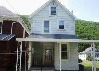 Pre Foreclosure in Renovo 17764 CENTRAL AVE - Property ID: 1736129524