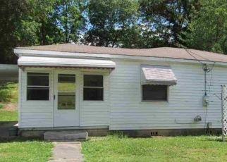 Pre Foreclosure in Anniston 36206 SAKS RD - Property ID: 1736145735