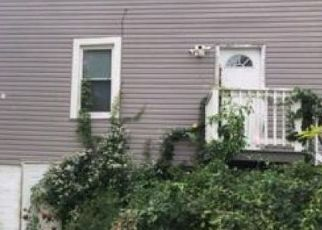Pre Foreclosure in Norwich 06360 AVERY ST - Property ID: 1736314797