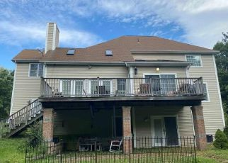 Pre Foreclosure in Wolcott 06716 COE RD - Property ID: 1736391428
