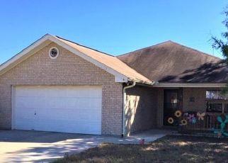Pre Foreclosure in Jourdanton 78026 OCOTILLO - Property ID: 1736446168