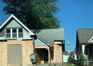 Pre Foreclosure in Indianapolis 46203 DAWSON ST - Property ID: 1736718153