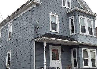 Pre Foreclosure in New Bedford 02740 CRAPO ST - Property ID: 1737397453