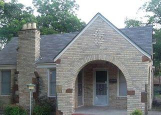 Pre Foreclosure in Dallas 75224 PELMAN ST - Property ID: 1737858645