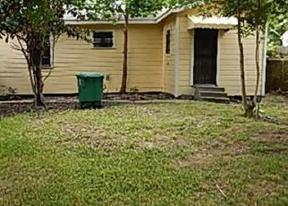Pre Foreclosure in Houston 77026 WYLIE ST - Property ID: 1737910324