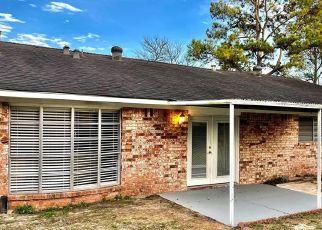 Pre Foreclosure in Houston 77080 BLALOCK RD - Property ID: 1737942293