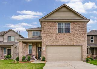 Pre Foreclosure in Houston 77044 WHITE FIR VILLA AVE - Property ID: 1738505982