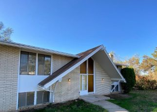 Pre Foreclosure in Layton 84040 COUNTRY OAKS DR - Property ID: 1738668902