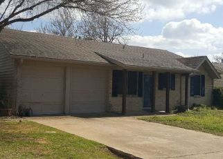 Pre Foreclosure in Denison 75020 MORRISON DR - Property ID: 1738690352