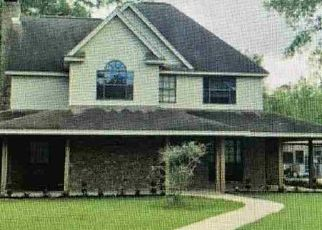 Pre Foreclosure in Orange 77630 YAUPON ST - Property ID: 1738710502