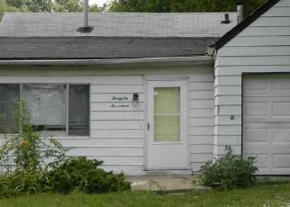Pre Foreclosure in Peoria 61604 N FINNELL AVE - Property ID: 1739114759