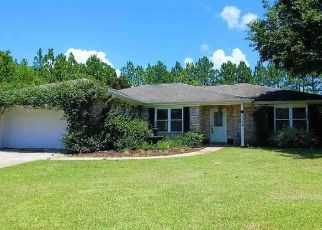 Pre Foreclosure in Pensacola 32506 CHIEF MATE DR - Property ID: 1739239129
